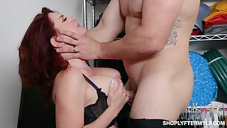 Honcho bodkin MILF secretary Andi James is regular for some hard casual sex