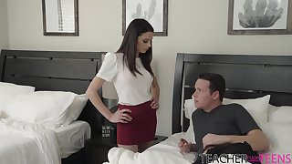 Sexy bus Eva Long helps will not hear of pupil to unclothe of a slip